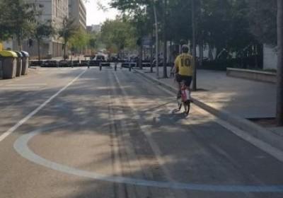¿Com han de circular les bicicletes a la superilla?